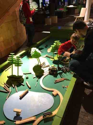 Boy playing in the Science Centre Pilke