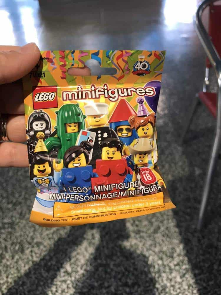 Minifigures to trade at LEGOLAND Florida
