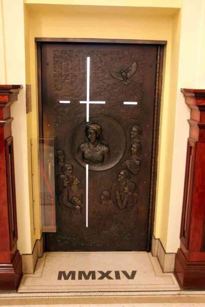 Notre-Dame de Québec Basilica-Cathedral Holy door