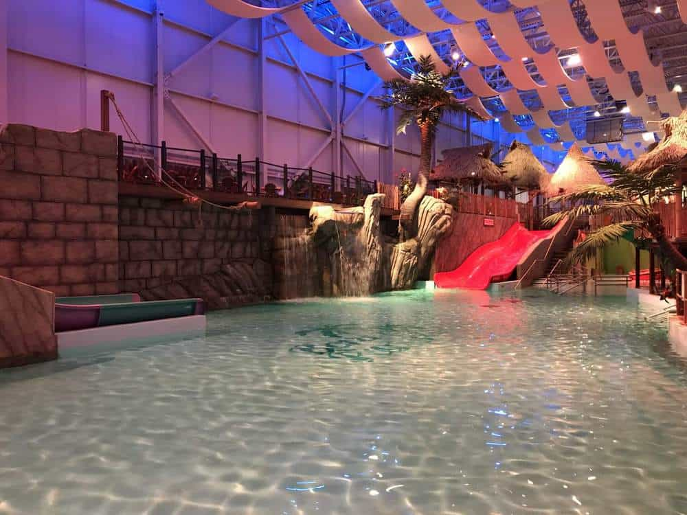 Bora Parc Valcartier Pool with large family slides