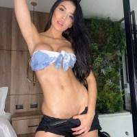 Exuberante Hana  pack de fotos + nudes
