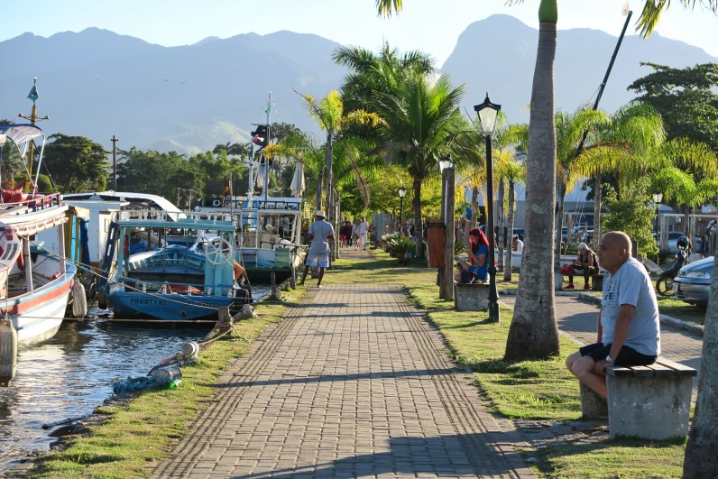 Paraty walk by the river