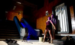 Azorin-escenografia-baixos-fons-5
