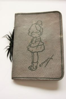 abel-morralls-leather-needle-case-with-motif-2
