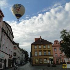 31 lipca -2 sierpnia | Balonowe święto Paczkowa | Kolejna odsłona Aeropikniku – balonowego święta Paczkowa. Przez trzy dni na paczkowskim niebie mogliśmy podziwiać piękne statki powietrzne. | http://paczkow24.pl/fotopaczkow-niedzielny-poranek-na-paczkowskim-niebie/