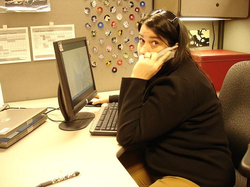 Image:Heather's desk 2856.jpg