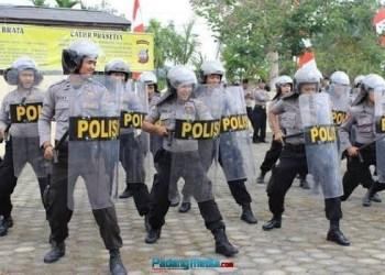Aparat kepolisian dari Polres Sawahlunto. (tumpak)