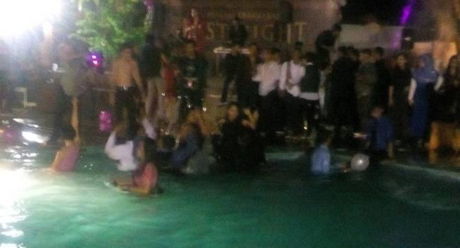 Pesta perpisahan SMAN 3 Padang yang bikin heboh. (ist)