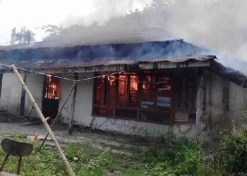 Kebakaran di Desa Sioban, Kec.Sipora Selatan, Kab. Kepulauan Mentawai. (ers)