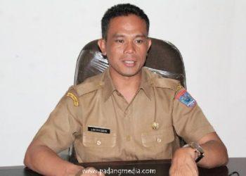 Kepala Dinas Kesehatan Mentawai, Lahmuddin Siregar. (ers)