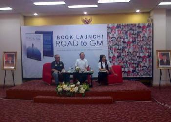 Launching buku Road to GM. (nit)