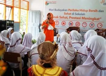 Duta JAPFA Foundatin mengedukasi siswa - siswi SD di Sumatera Barat dalam rangka mewujudkan PHBS dan gizi seimbang. (ist)