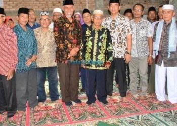 Walikota Padang, Mahyeldi Ansharullah meresmikan Islamic Center Kec.Nanggalo di Surau Gadang, Sabtu (10/2/2018). (der)