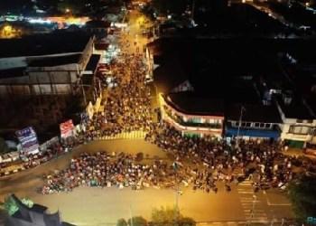Nobar final piala dunia 2018 di Padangpanjang. (de)