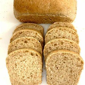 Pão integral de forma de inhame