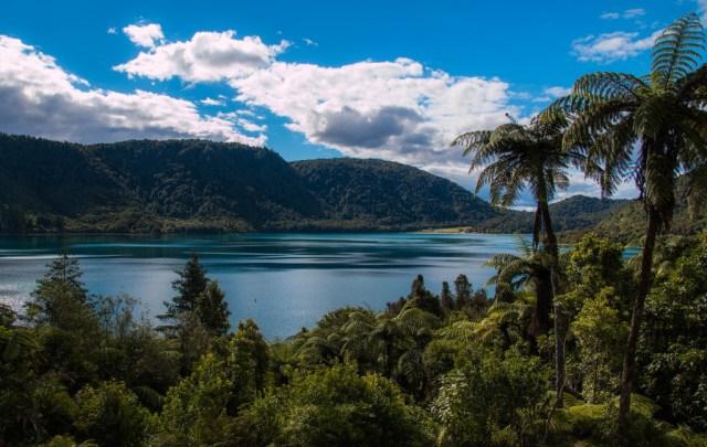 Kayaking in Lake Rotorua