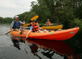 Canoe Vs Kayak: What's the Difference?