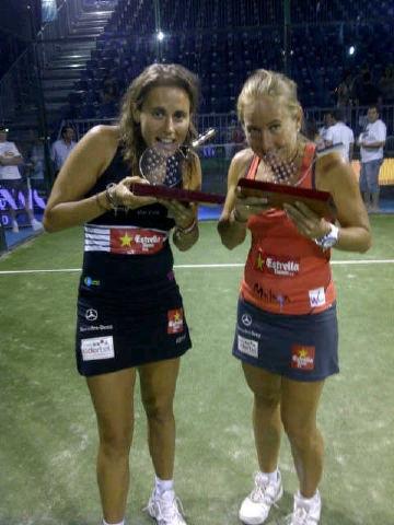 Navarro Reiter trofeo benicassim 2011 padelgood Carolina y Cecilia dedican el triunfo a sus seguidores de Twitter y Facebook