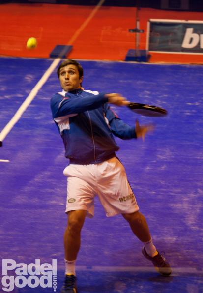 """Bela Master2011 Padelgood """"Ganaríamos por 6-0 a Federer y Nadal al #pádel""""."""