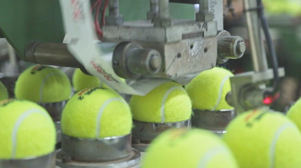 Fabrica pelotas de padel
