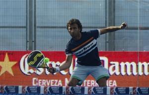 Luis Milla jugando al pádel en el Mutua Madrid Open
