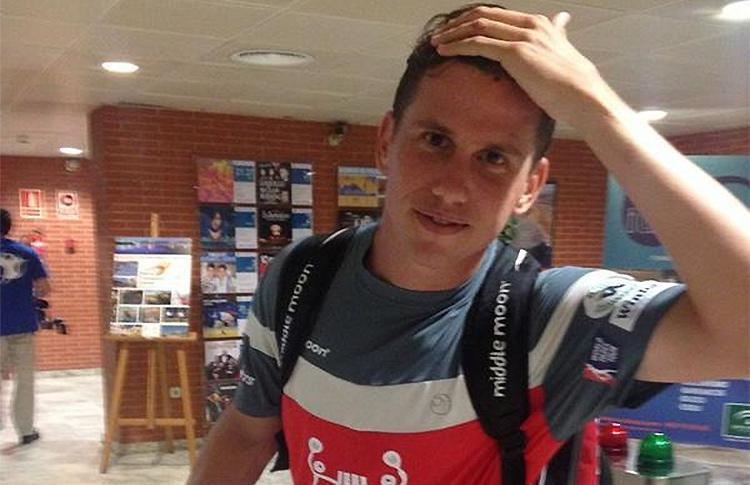 Paquito Navarro, tras recibir un golpe en la cabeza en el Cervezas Victoria Málaga Open
