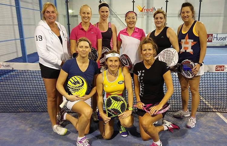 Carolina Navarro dirige un entrenamiento de las selección sueca femenina