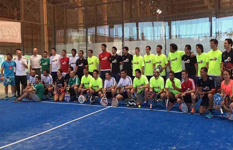 Fútbol y pádel se vuelven a dar la mano en un partido muy solidario