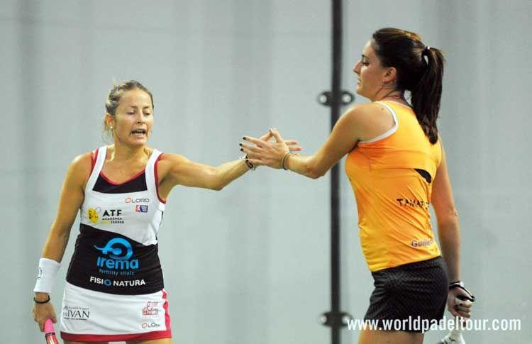 Nela Brito y Tamara Icardo, en accion en el A Coruña Open