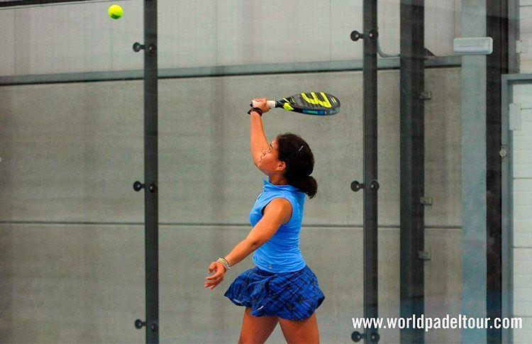 Alba Pérez, en acción en la Previa del Santander Open 2017
