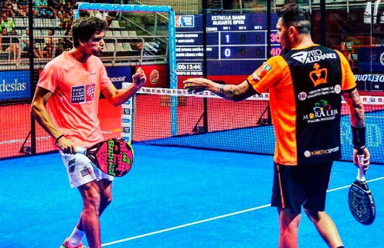 Juan Lebrón y Tito Allemandi, en acción en el Estrella Damm Alicante Open 2017