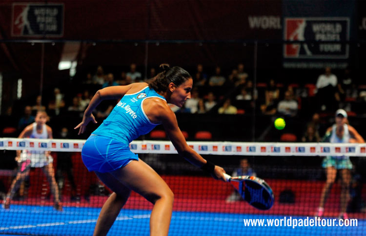Mapi Sánchez Alayeto, en acción en el Estrella Damm Alicante Open 2017