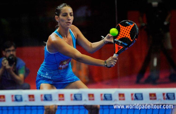 Teresa Navarro, en acción en el Estrella Damm Alicante Open 2017 (
