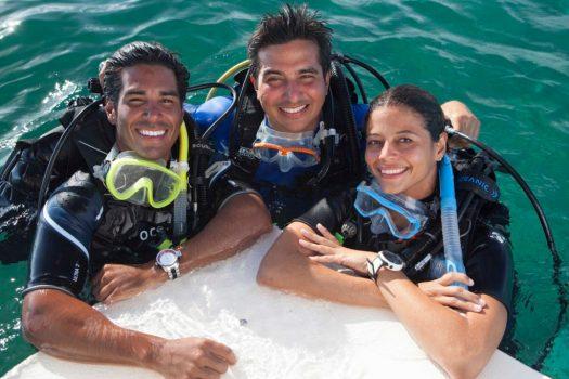 Latin America - Scuba Divers - Top side - Ocean