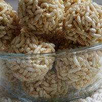 Borugula / puffed rice laddu