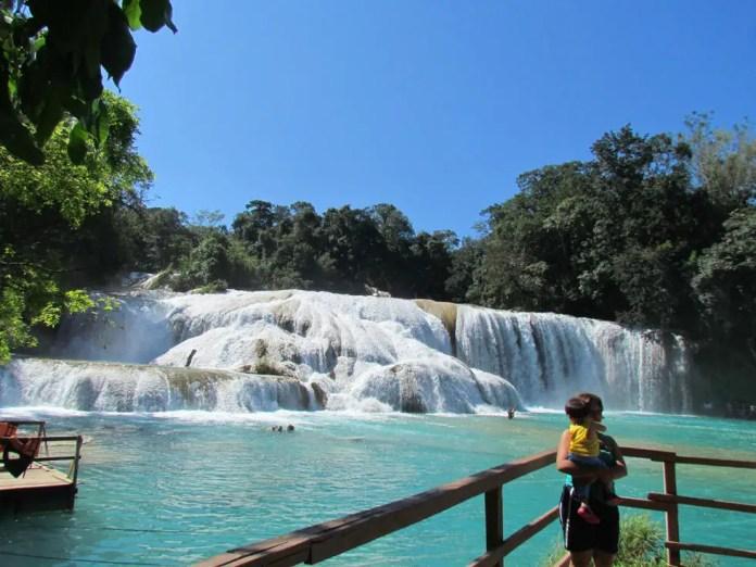 cascadas de agua azul costos