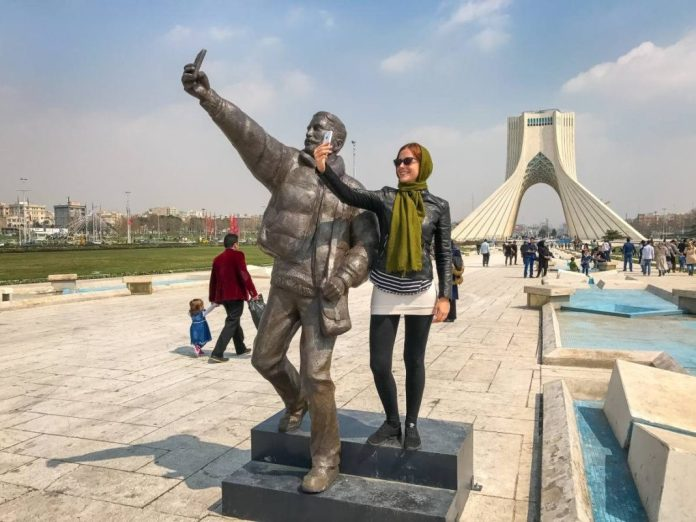 viajar a iran 2017