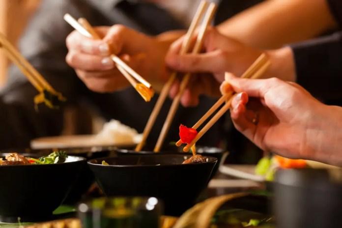 protocolo japones en la mesa