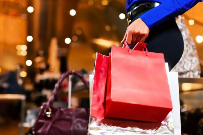 que se le puede comprar a una mujer en navidad