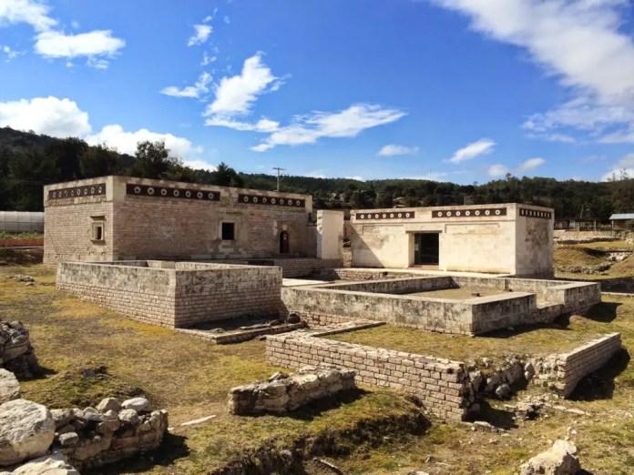 principales centros ceremoniales de los zapotecas