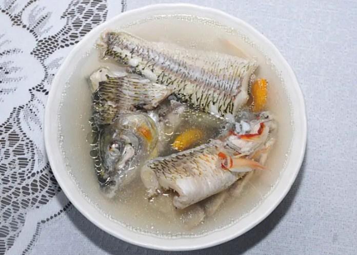 Es una sopa de pescado típica del departamento de Vaupés