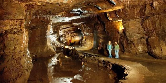 cavernas en gales