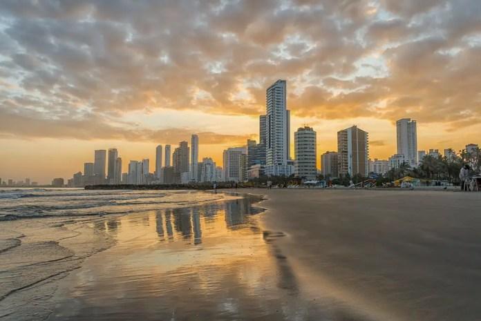 Lugares Turísitcos en Cartagena Playa el Laguito