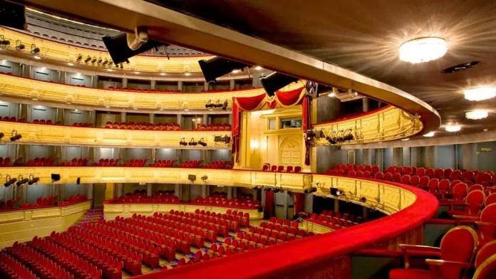 Lugares que debes visitar en Madrid: Teatro Real de la Opera