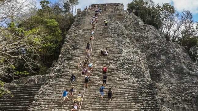 Ruinas Maya de Coba en Riviera Maya
