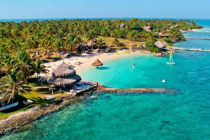 Mejores playas de Colombia: Isla Tintipán