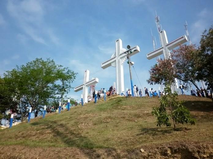 Lugares para visitar en Cali: Cerro de las tres cruces