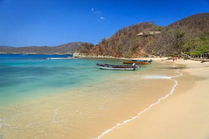 Cómo llegar a Playa Cristal en Santa Marta