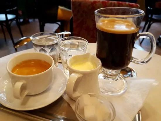 como pedir un café en viena