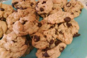 """Peanut Butter Oatmeal Chocolate Chip Cookies"""